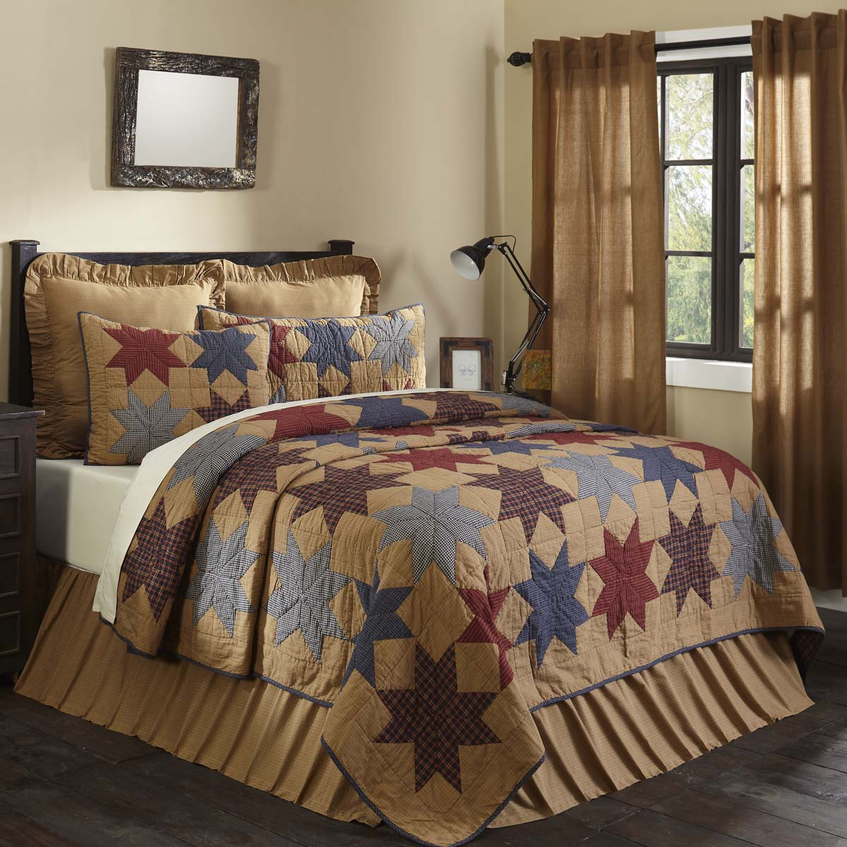 Kindred Star Luxury King Quilt 120Wx105L