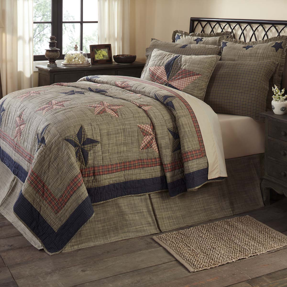 Vincent Luxury King Quilt 120Wx105L