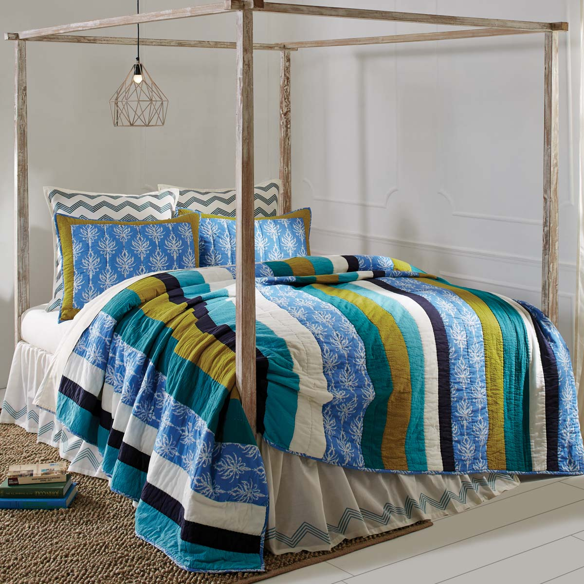 Laguna Luxury King Quilt 120Wx105L