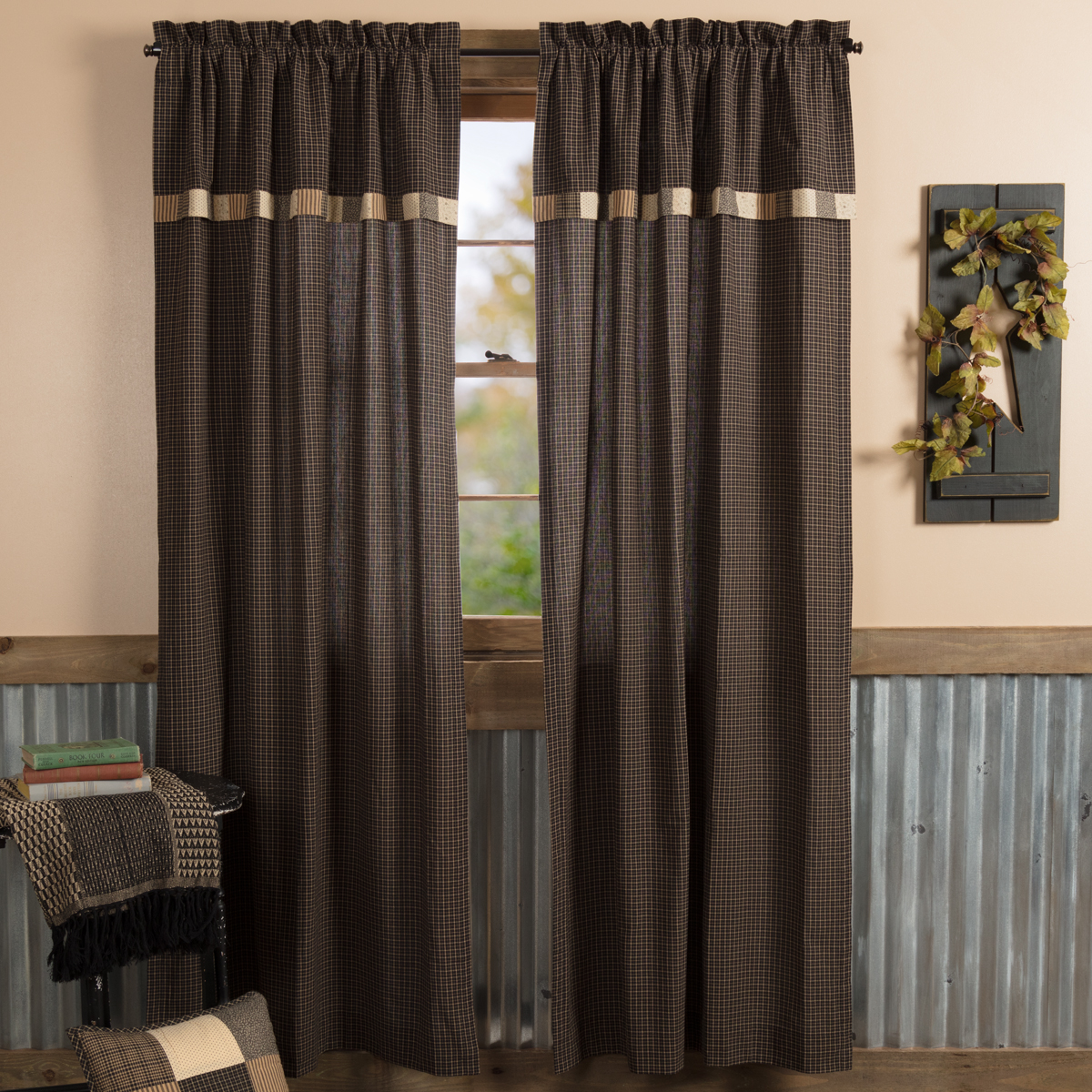 Kettle Grove Panel with Attached Valance Block Border Set of 2 84x40