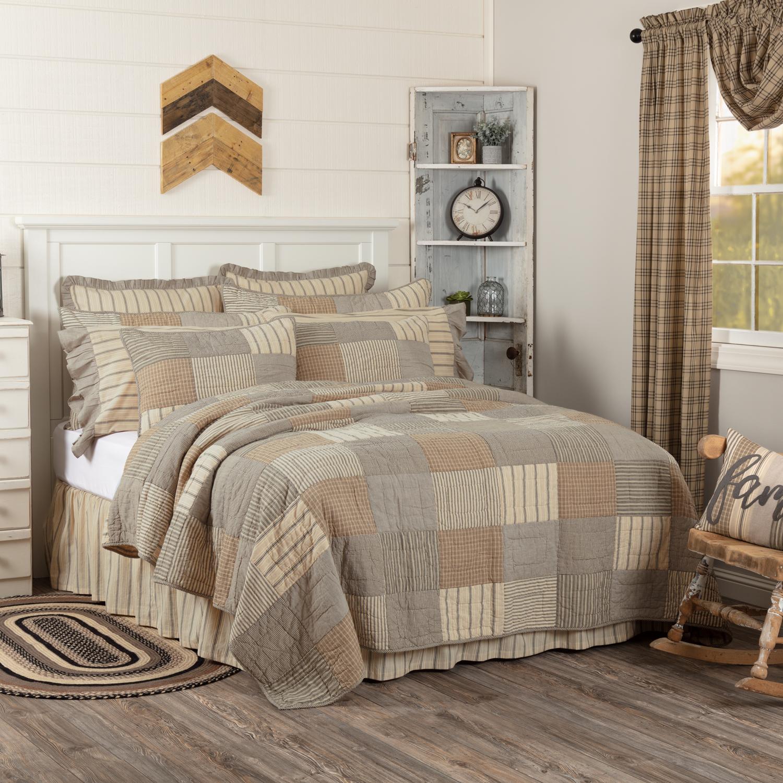 Sawyer Mill Charcoal California King Quilt 130Wx115L