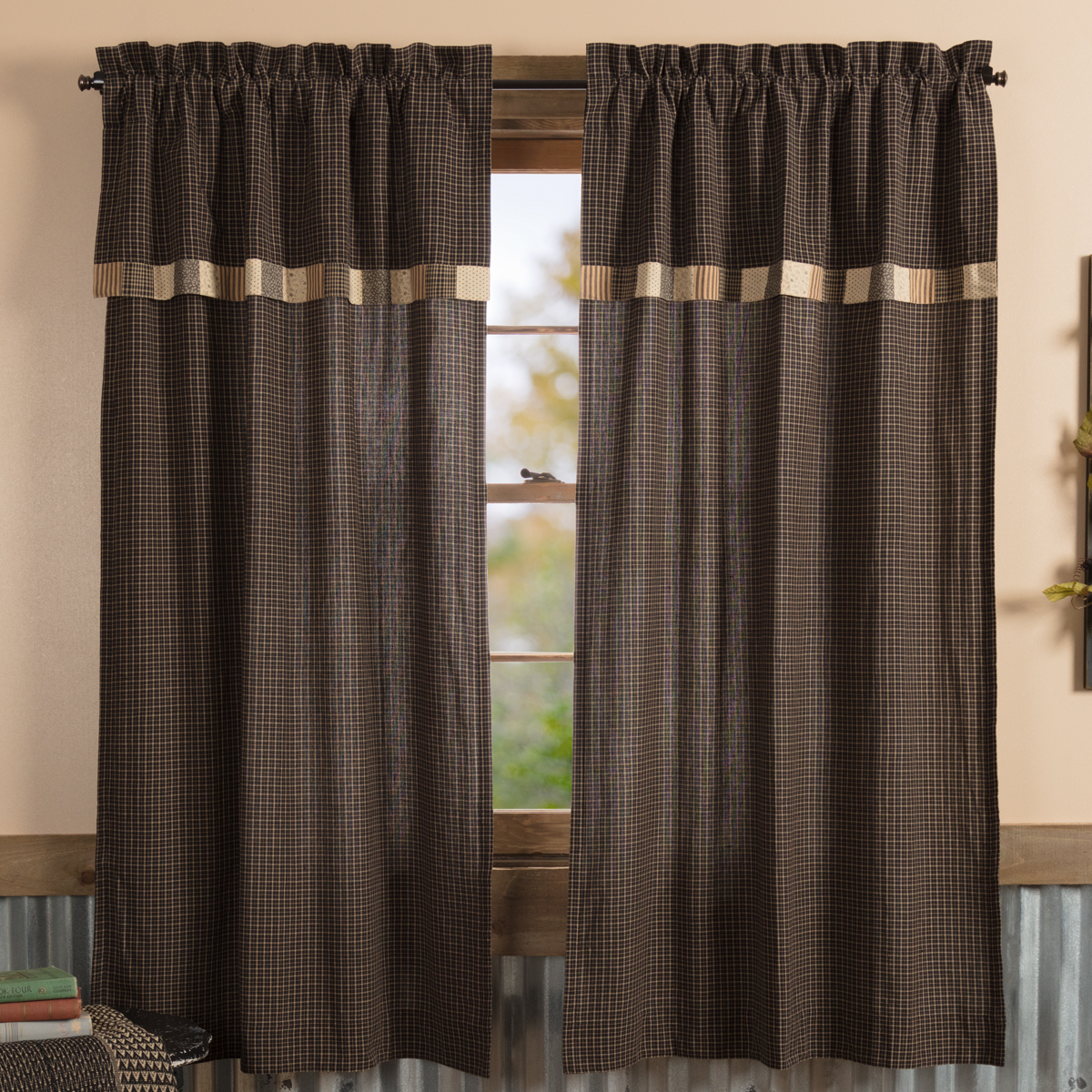 Kettle Grove Short Panel with Attached Valance Block Border Set of 2 63x36