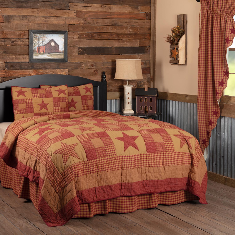 Ninepatch Star California King Quilt Set; 1-Quilt 130Wx115L w/2 Shams 21x37