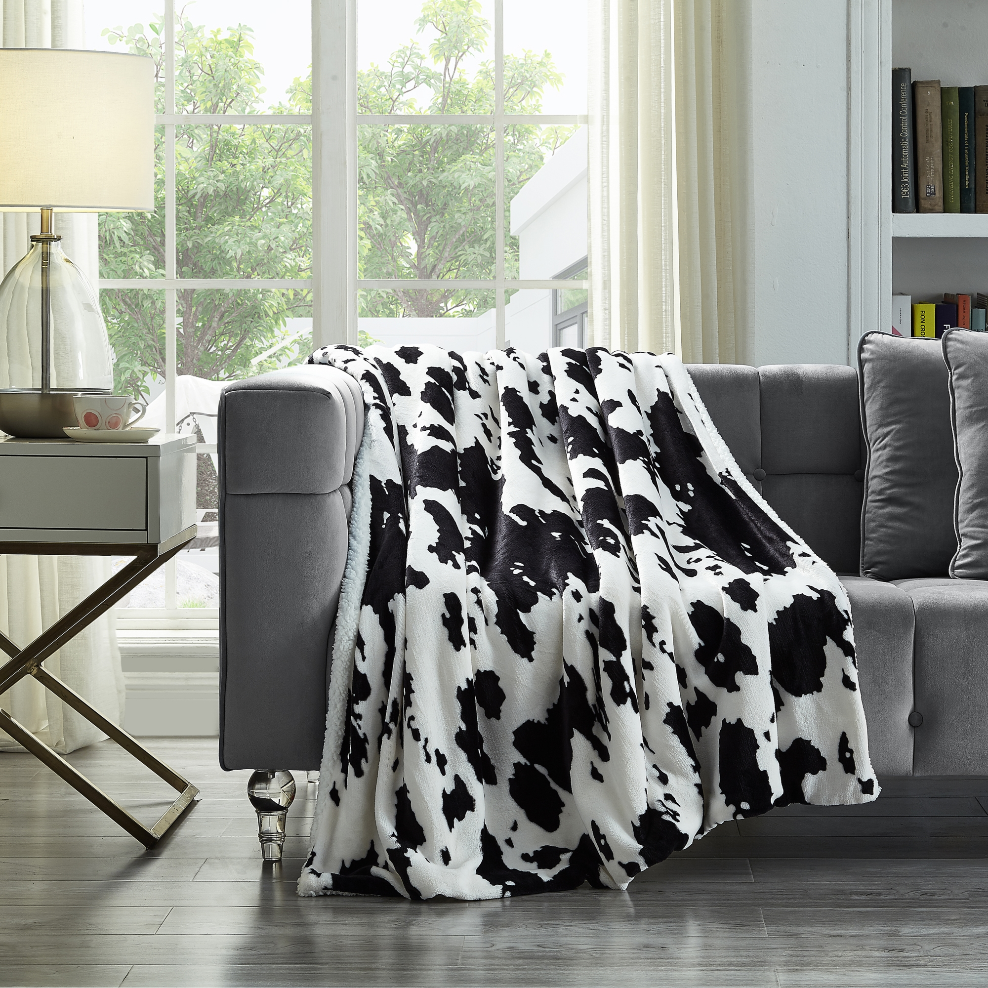 Cozy Tyme Cow 100% Polyester Throw Reverse Sherpa Cozy