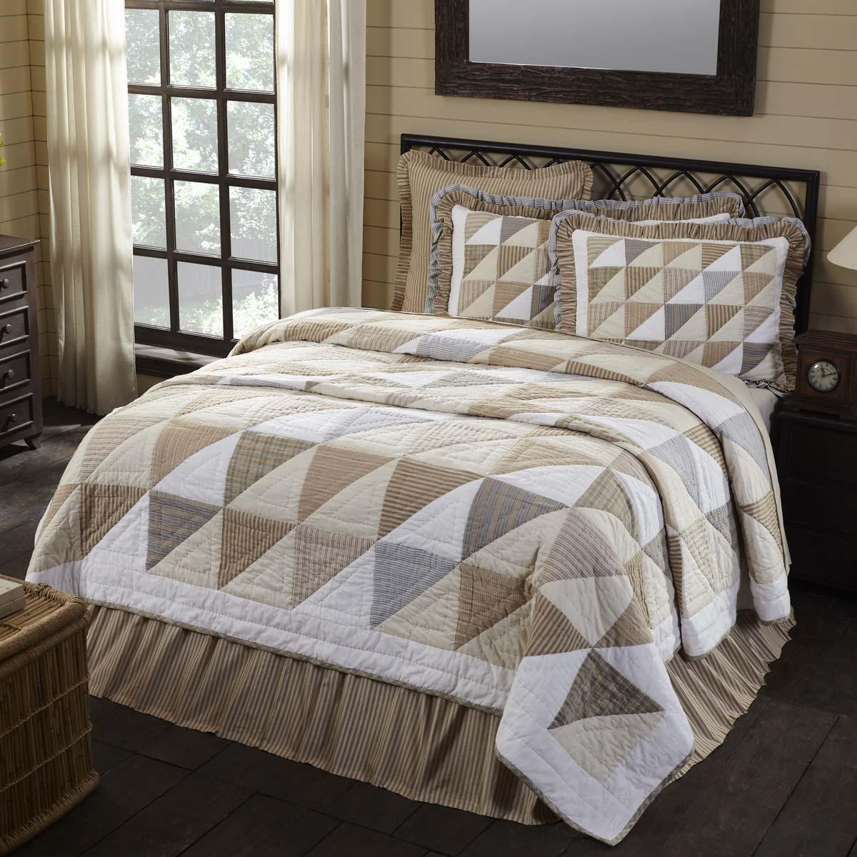 Joanna Luxury King Quilt 120Wx105L