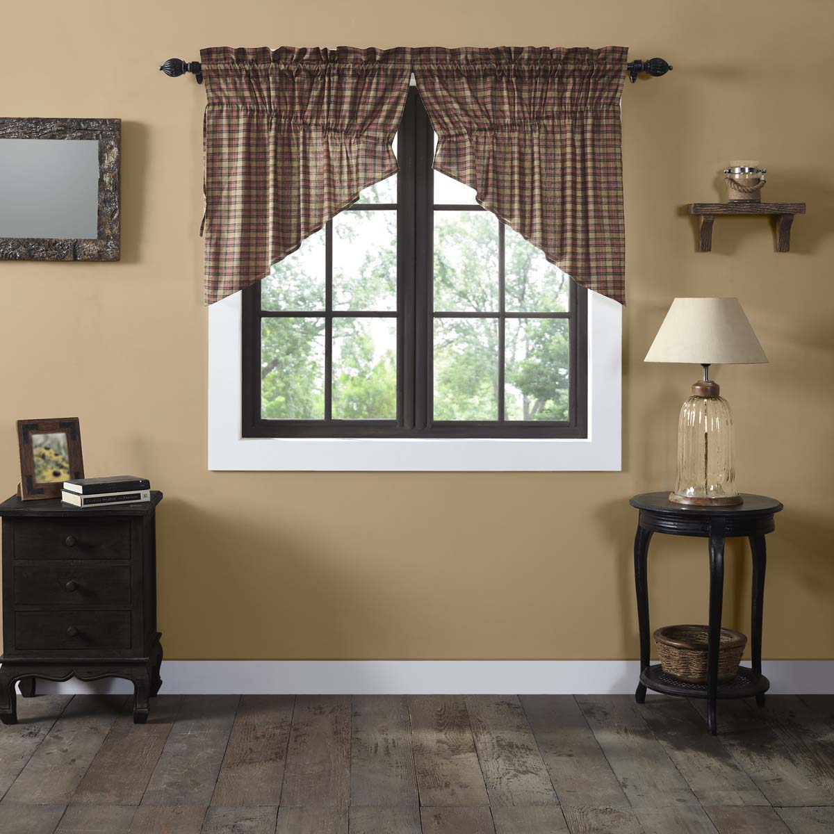 Crosswoods Prairie Swag Set of 2 36x36x18