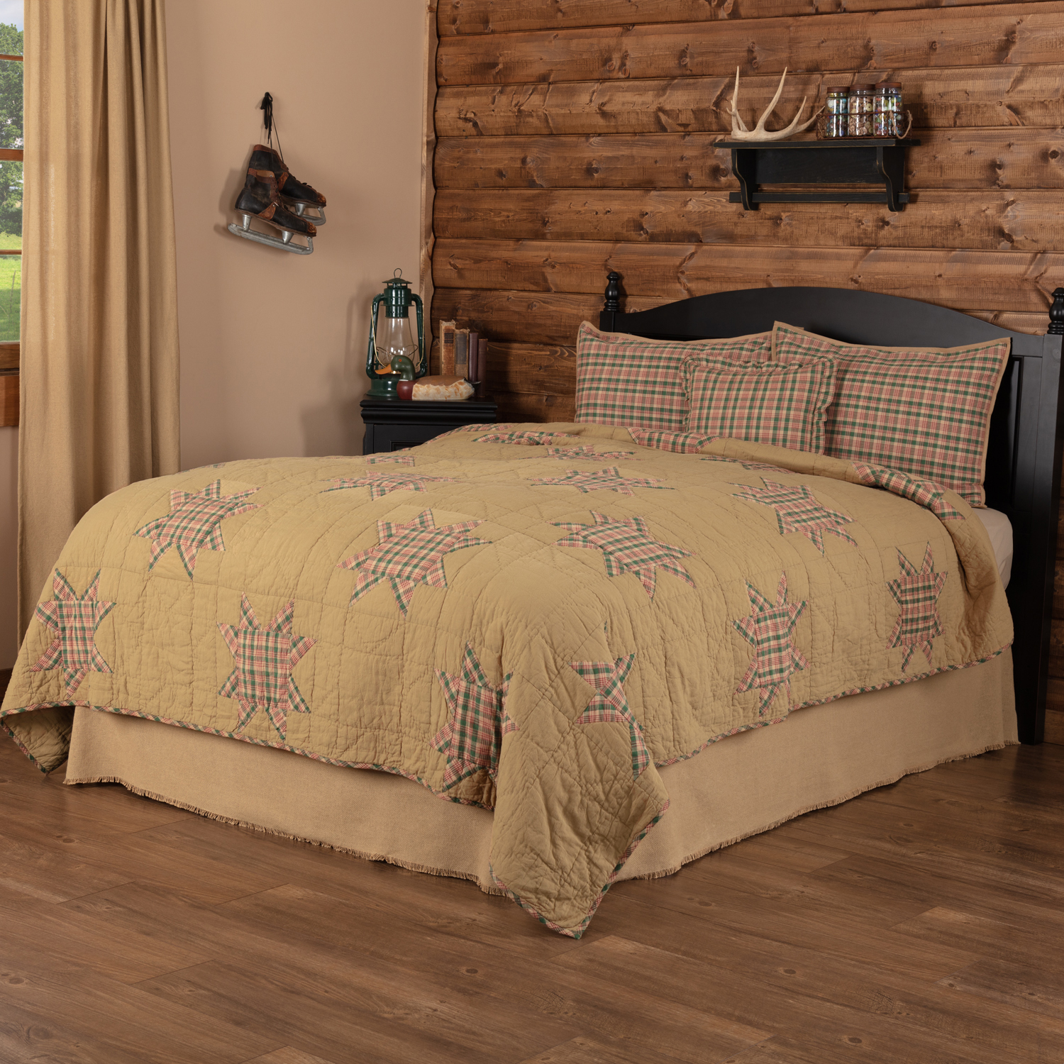 Rustic Star King Quilt Set; 1-Quilt 105Wx95L w/2 Shams 21x37, 1-Pillow Cover 16x16