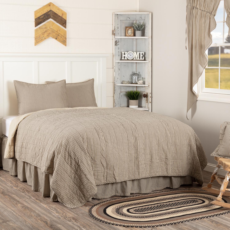 Sawyer Mill Charcoal Ticking Stripe Queen Quilt Set; 1-Quilt 90Wx90L w/2 Shams 21x27