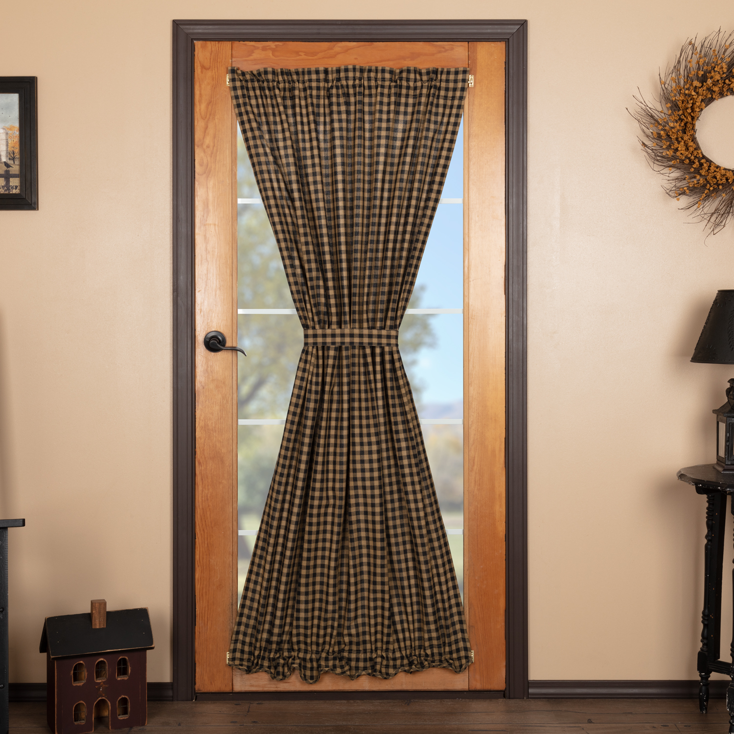 Black Check Scalloped Door Panel 72x42