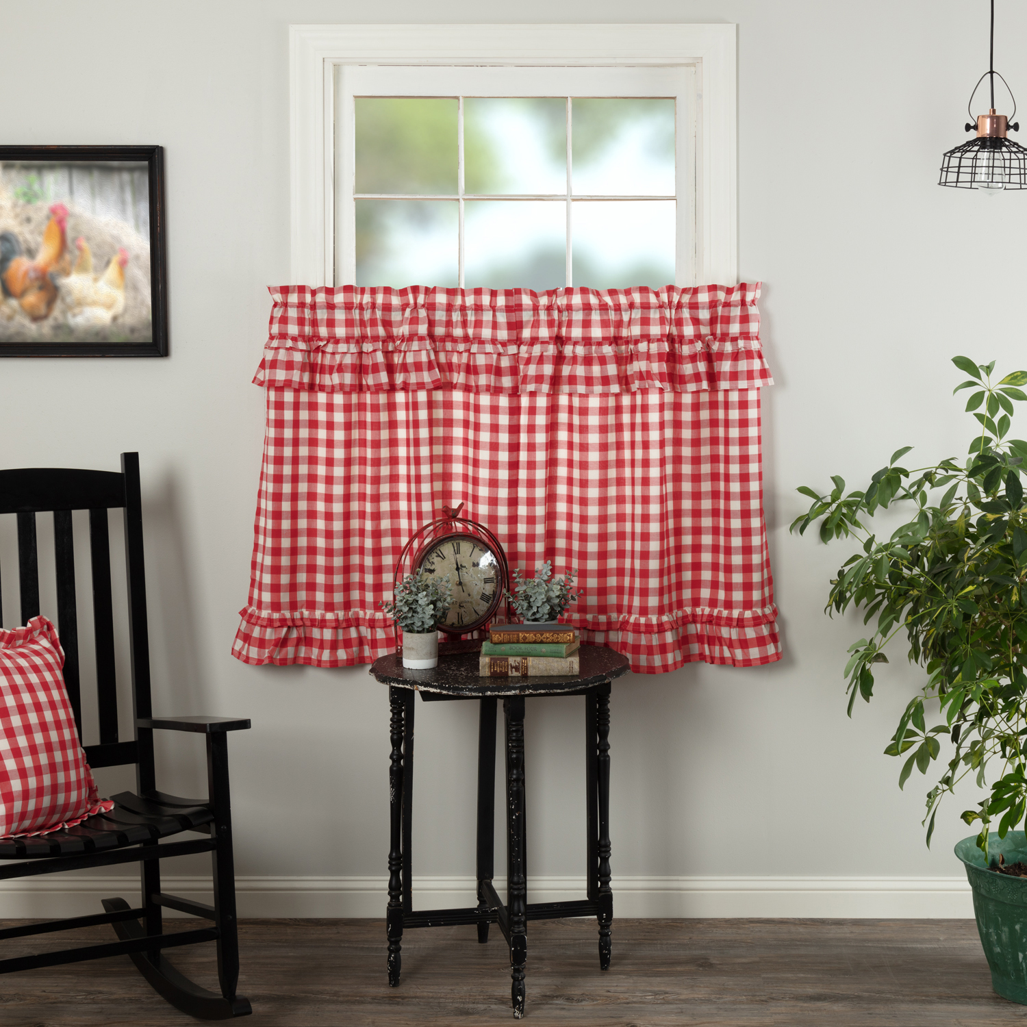 Annie Buffalo Red Check Ruffled Tier Set of 2 L36xW36