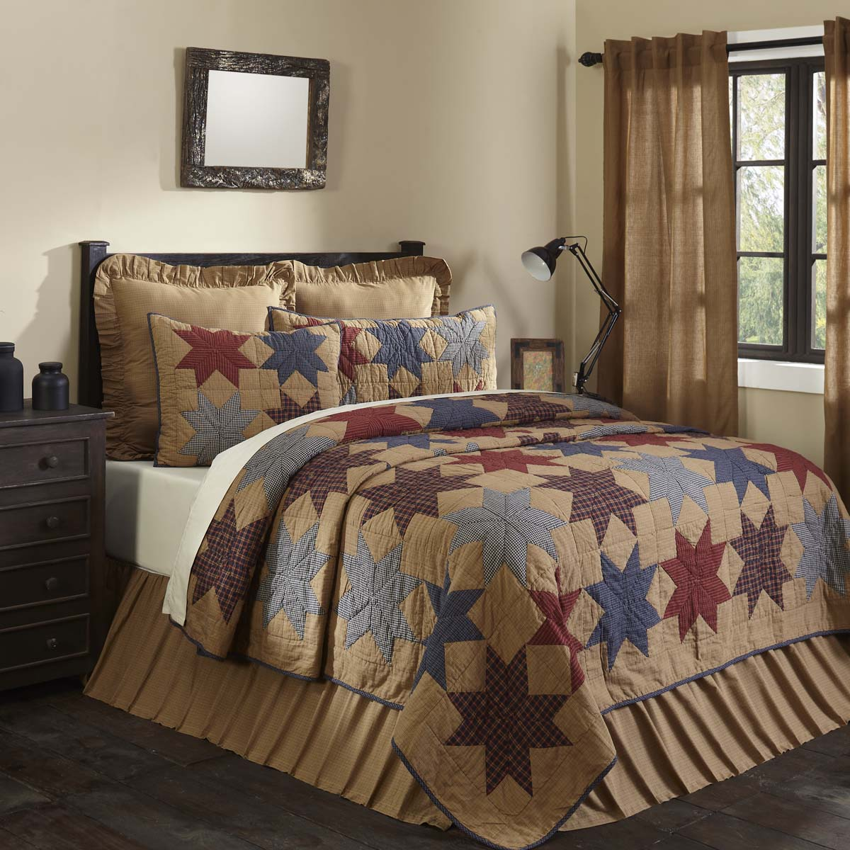 Kindred Star Queen Quilt 90Wx90L