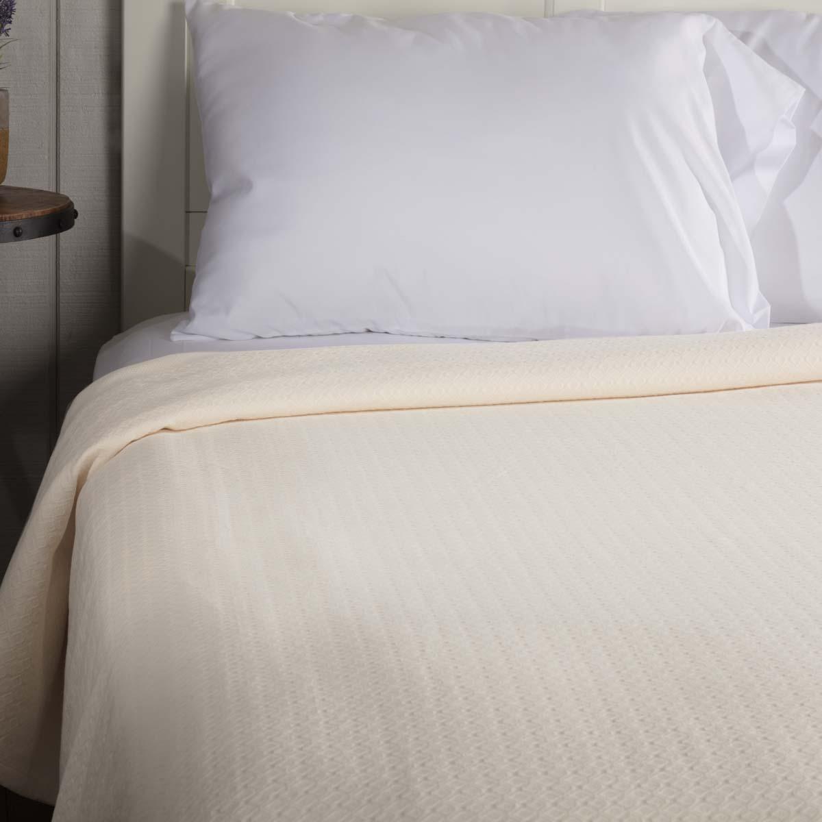 Serenity Creme Twin Cotton Woven Blanket 90x62