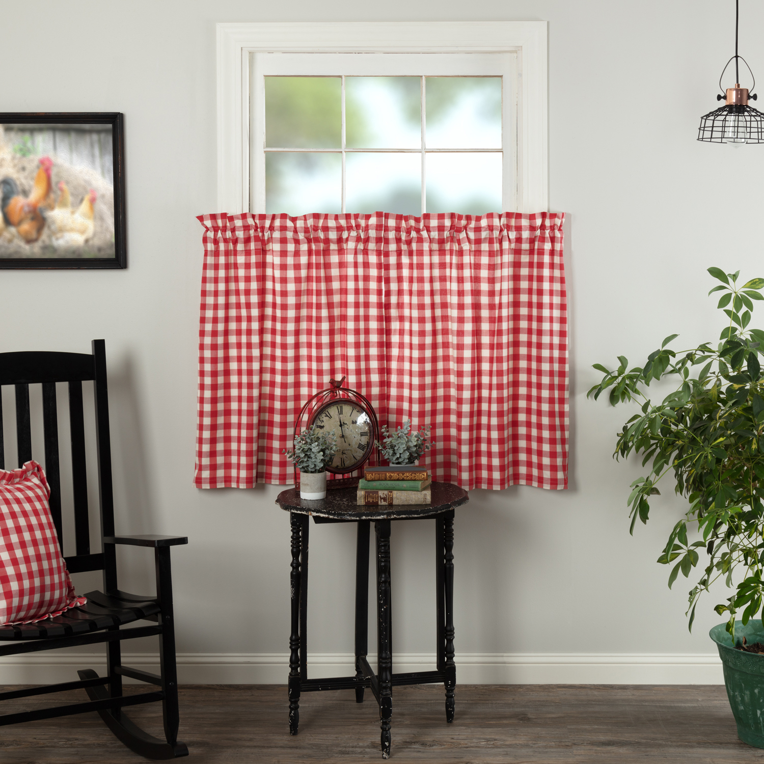 Annie Buffalo Red Check Tier Set of 2 L36xW36