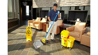 RCP_Cleaning_Maximizer_in-use_officelobby_01_2.jpg