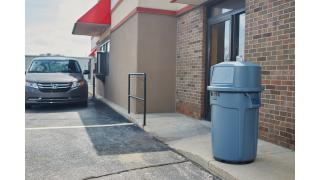 1997802-1997803-rcp-utility-refuse-brute-anchor-with-44gal-brute-dome-top-gray-drive-thru-in-use.tif