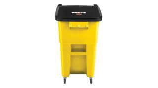 2018381-rcp-utility-refuse-recycling-series-brute-rollout-with-casters-50gal-yellow-primary.tif