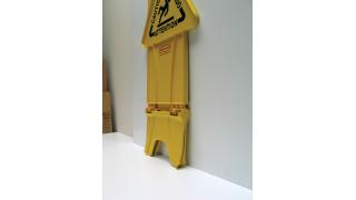 FG9S0900YEL_StableSafetySign_002_3.tif