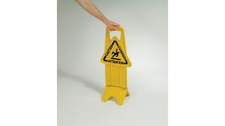 FG9S0900YEL_StableSafetySign_002_2.tif