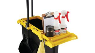 2032954-rcp-slim-jim-compact-cleaning-cart-yellow-23g-black-slim-jim-detail-shot-checklist-in-checklist-hold.tif