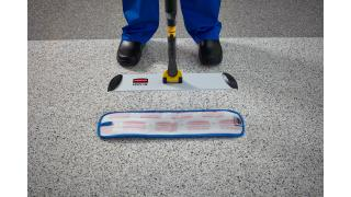 1835528-instructional-how-to-pulse-wet-mop-2.tif