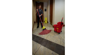 RCP_cleaning_maximizer_red_in-use_bathroom_03.jpg