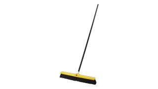 fg9b0900bla-fg635700bla-rcp-cleaning-solutions-brooms-24in-medium-sweep-wood-handle-black-angle.tif