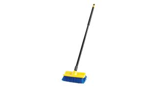 FG633700BLUE-rcp-cleaning-solutions-brushes-floor-scrub-plastic-block-with-handle-angle.tif