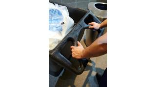 MH_Structural Foam Tilt Truck_Handle_In-Use_BOH_Maintenance_v1.tif