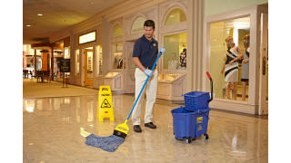 RCP_cleaning_Maximizer_in-use_mall_01_3.jpg