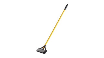 2018807-rcp-cleaning-maximizer-double-sided-broom-squeegee-angle.tif
