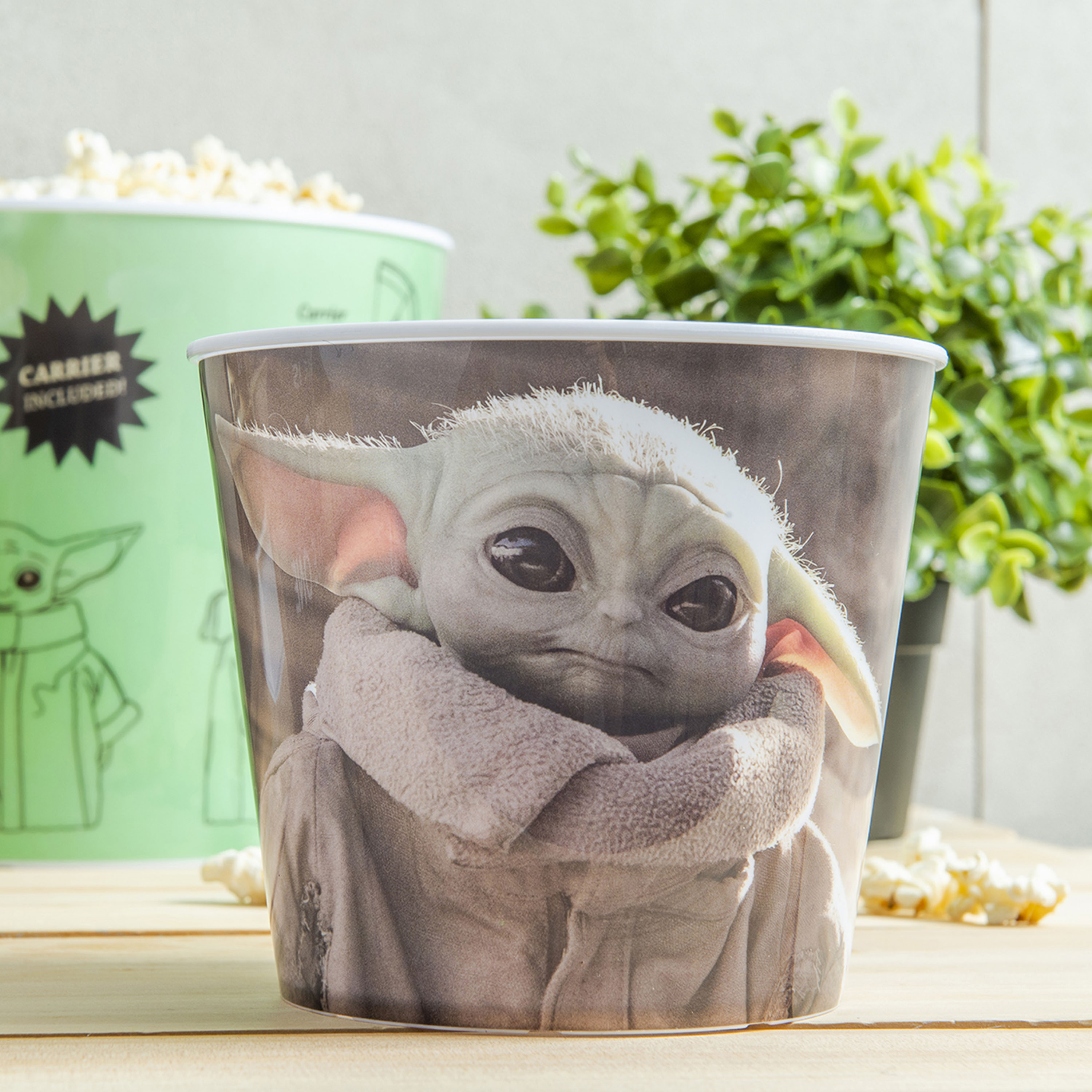 Star Wars: The Mandalorian Plastic Popcorn Container and Bowls, The Child (Baby Yoda), 5-piece set slideshow image 6