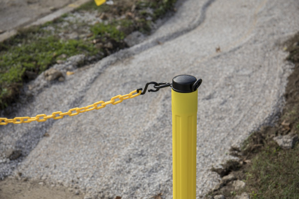 ChainBoss Stanchion - Yellow Empty  with Yellow Chain 14