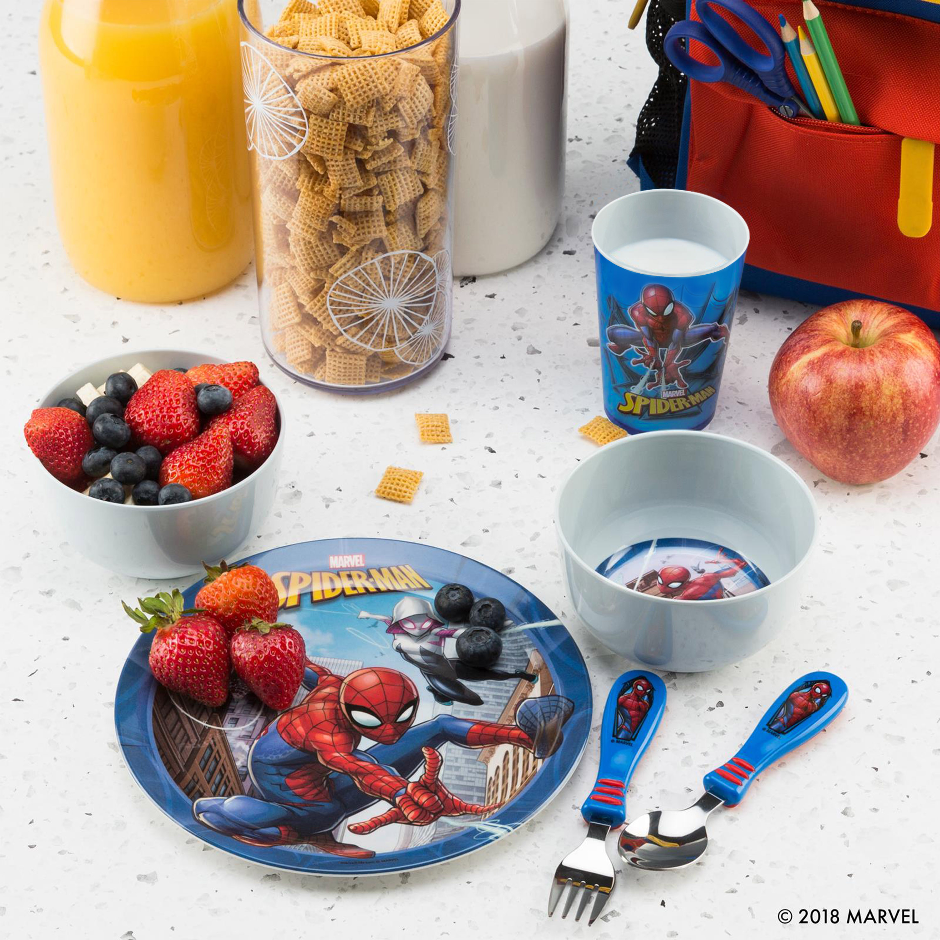Marvel Comics Kid's Flatware, Spider-Man, 2-piece set slideshow image 8