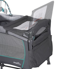 Portable BabySuite DLX Playard