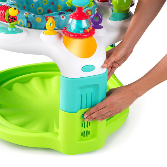 2-in-1 Laugh & Lights Activity Gym & Saucer™