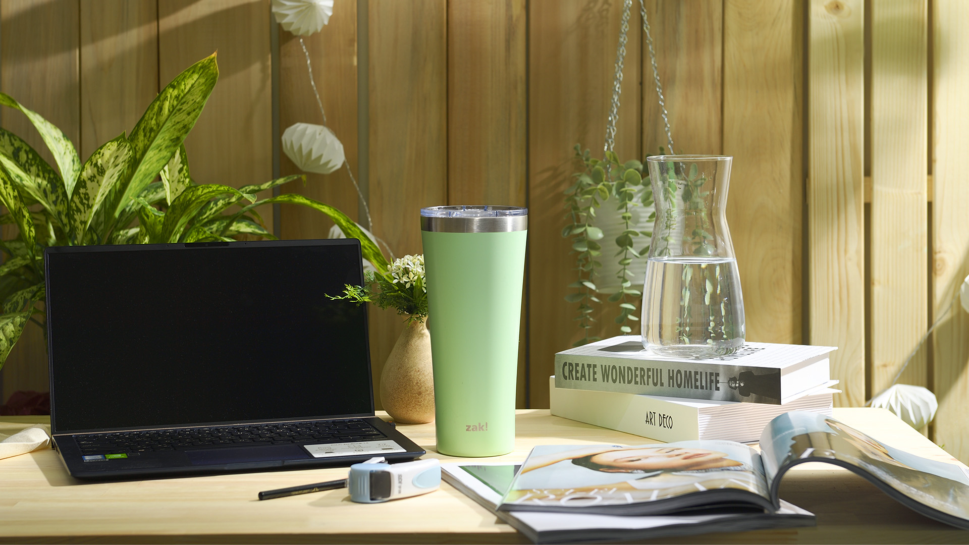 Alpine 30 ounce Stainless Steel Vacuum Insulated Tumbler with Straw, Neo Mint slideshow image 7