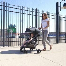Aero Ultra Lightweight Stroller