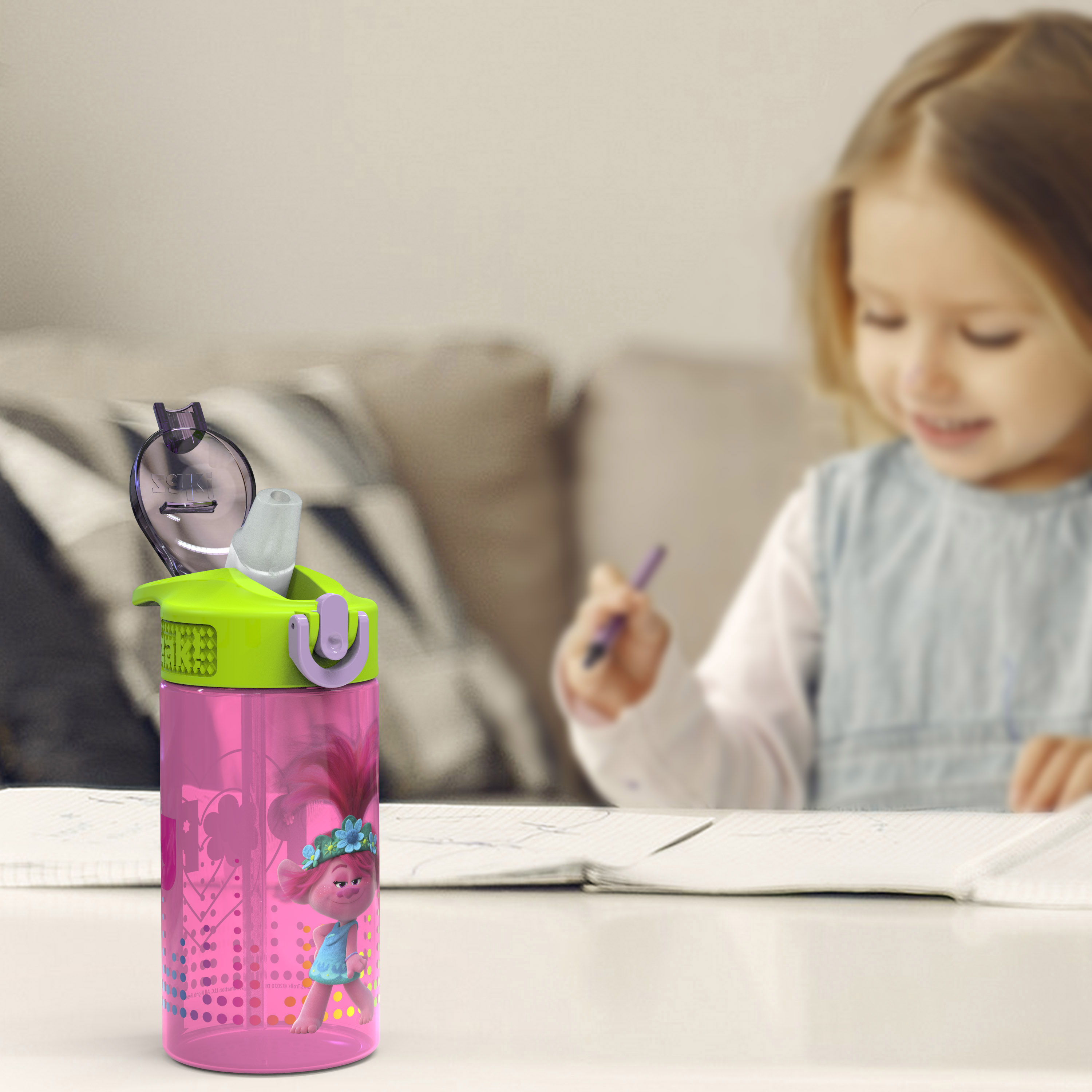 Trolls 2 Movie 16 ounce Reusable Plastic Water Bottle with Straw, Poppy, 2-piece set slideshow image 9