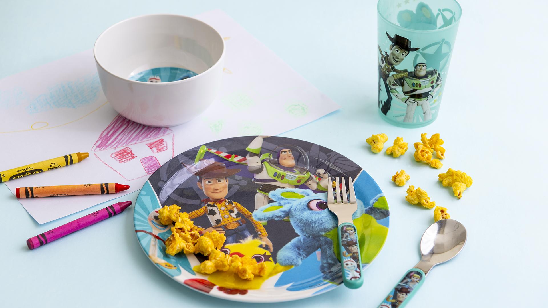 Disney Pixar Dinnerware Set, Woody, Buzz and Friends, 5-piece set slideshow image 4