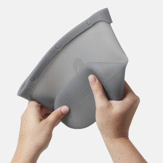 Great for Travel: The durable, yet flexible silicone bag folds easily for compact storage.