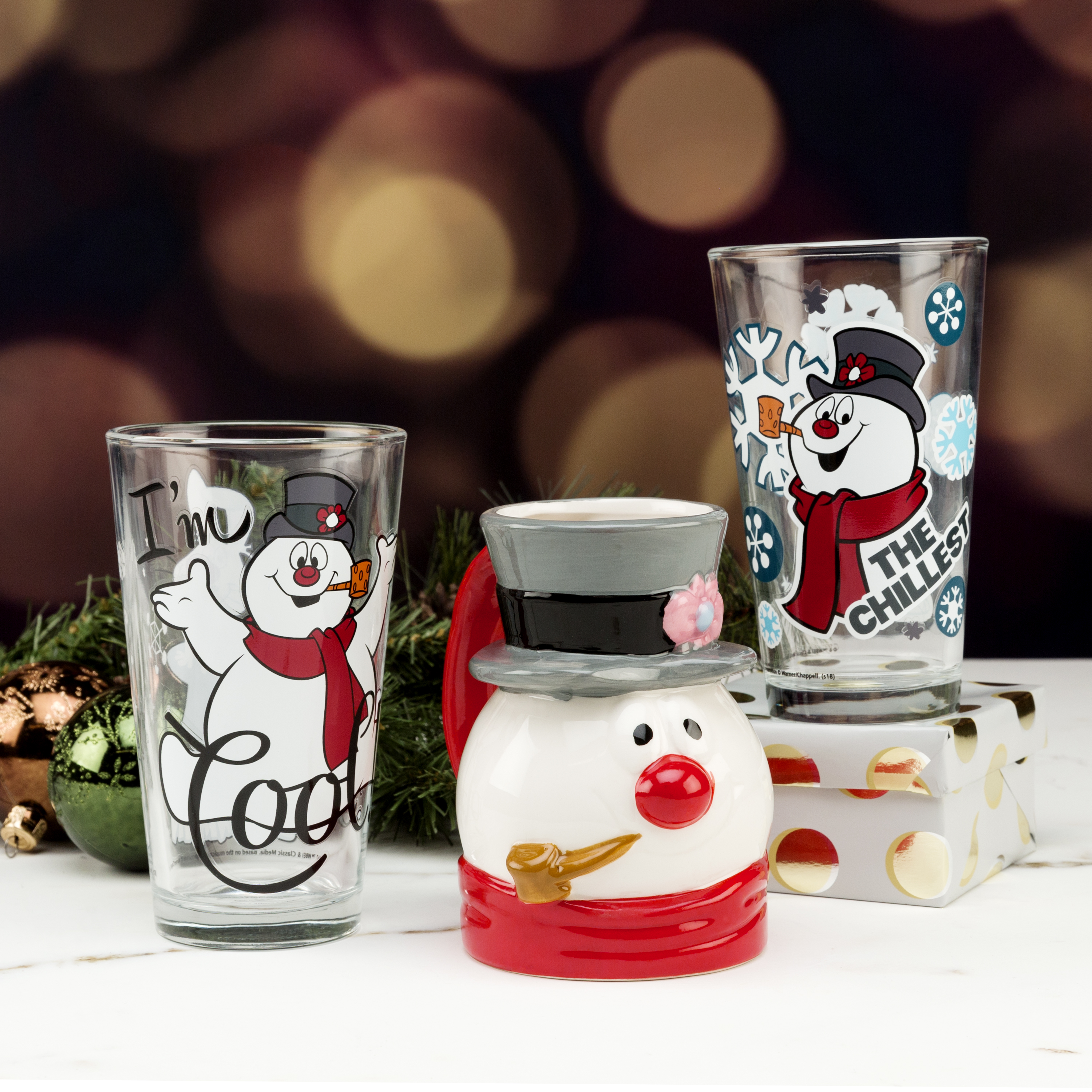 Collectible Christmas Mugs 15 ounce Coffee Mug, Frosty The Snowman slideshow image 4