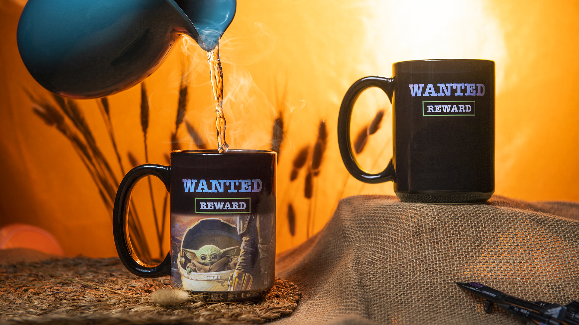 Star Wars: The Mandalorian 15 ounce Ceramic Coffee Mugs, The Mandalorian slideshow image 9