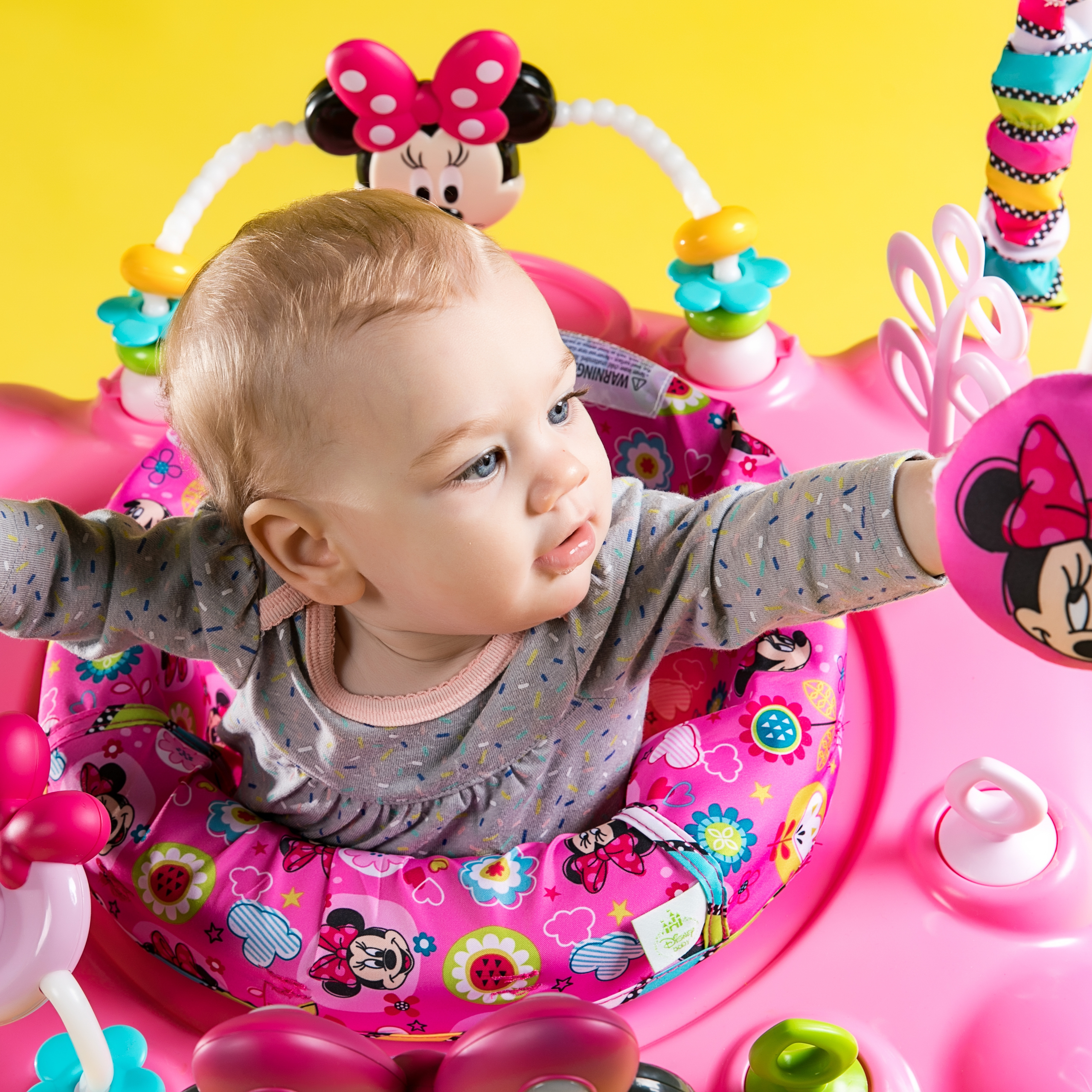MINNIE MOUSE PeekABoo Activity Jumper™