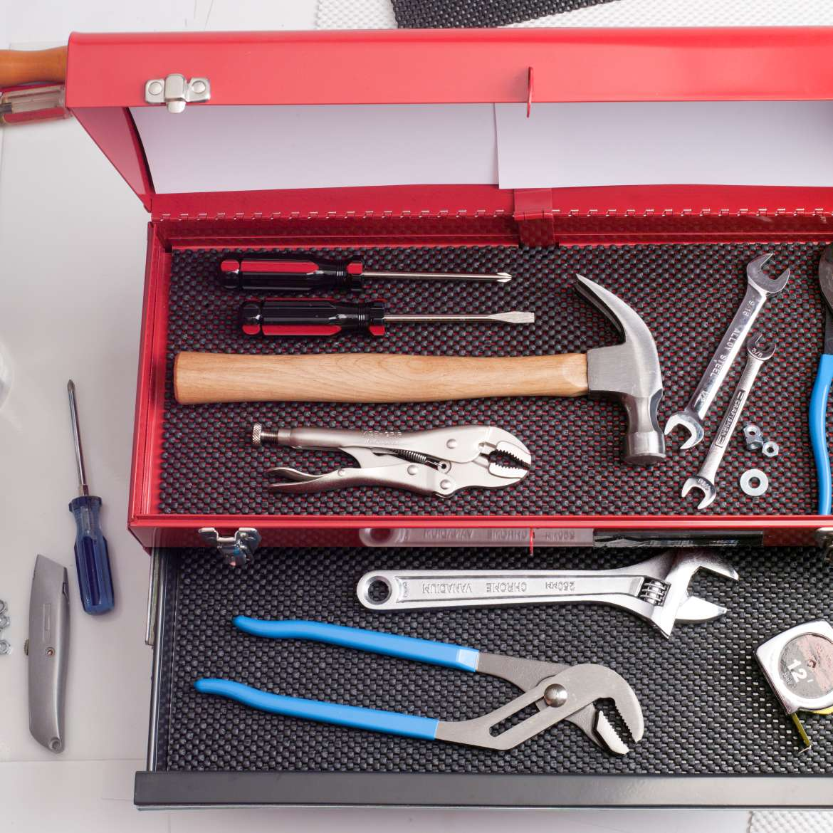 Select Grip™ Tool Box EasyLiner®