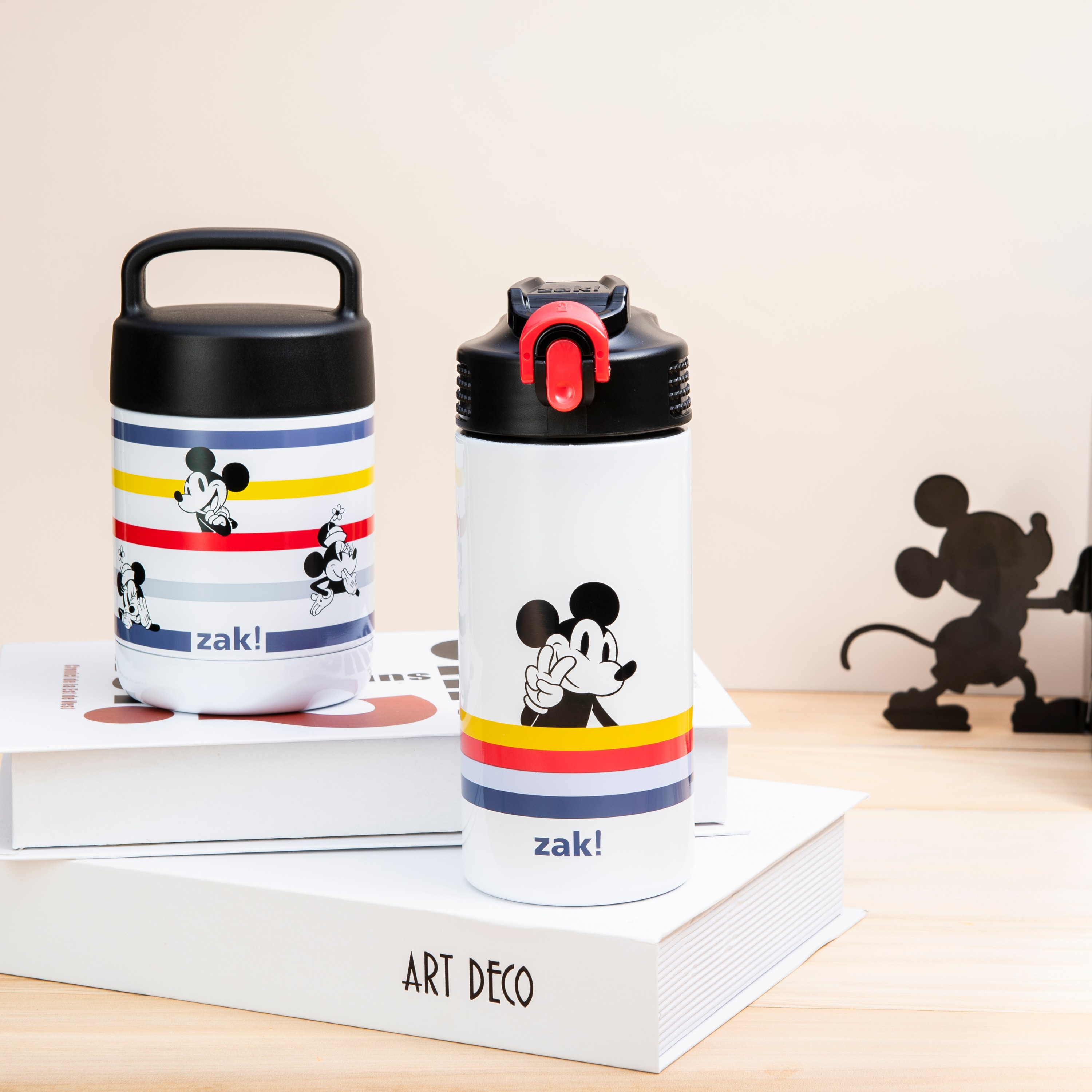 Disney 14 ounce Stainless Steel Vacuum Insulated Water Bottle, Mickey Mouse and Minnie Mouse slideshow image 8