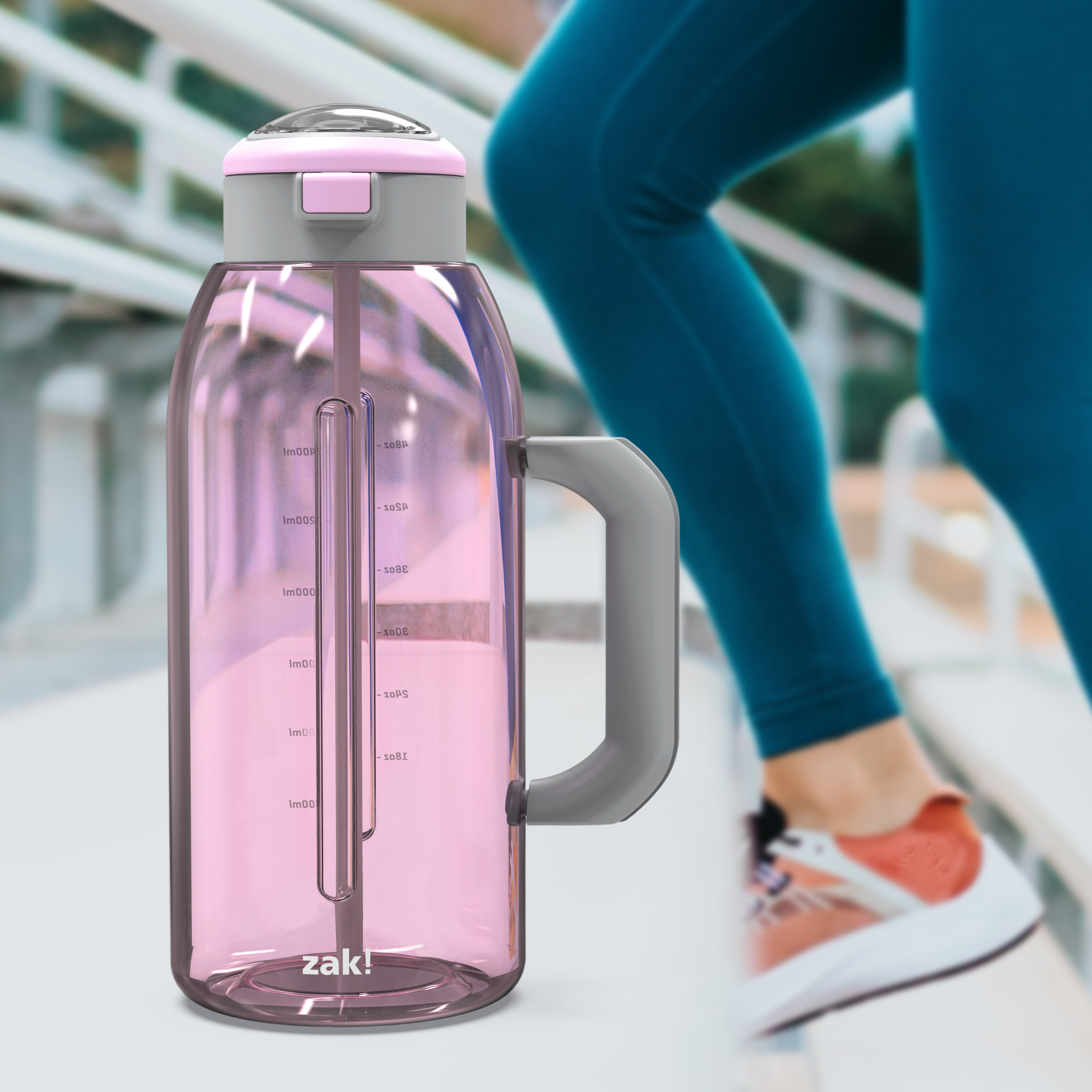 Genesis 64 ounce Water Bottles, Lilac slideshow image 7