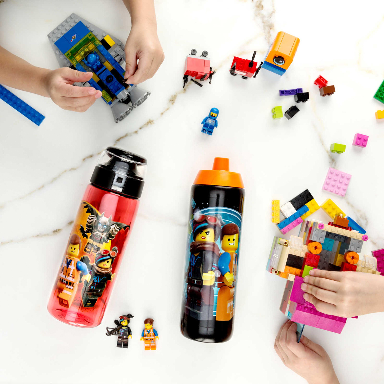 LEGO Movie 2 25 ounce Water Bottle, Batman, Wyldstyle & Emmet, 2-piece set slideshow image 7