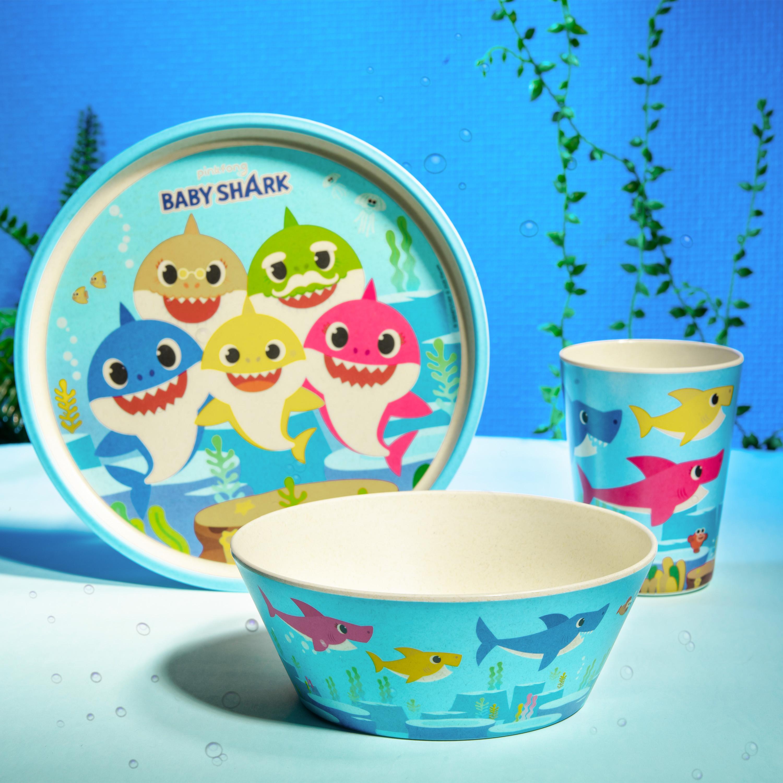 Pinkfong Kids 3-piece Dinnerware Set, Baby Shark, 3-piece set slideshow image 4