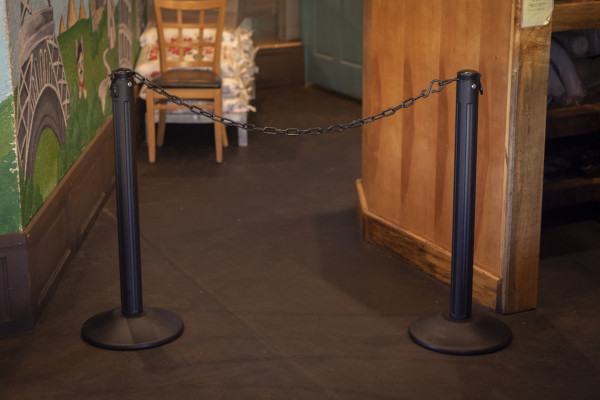 ChainBoss Stanchion - Black Filled with Black Chain 39