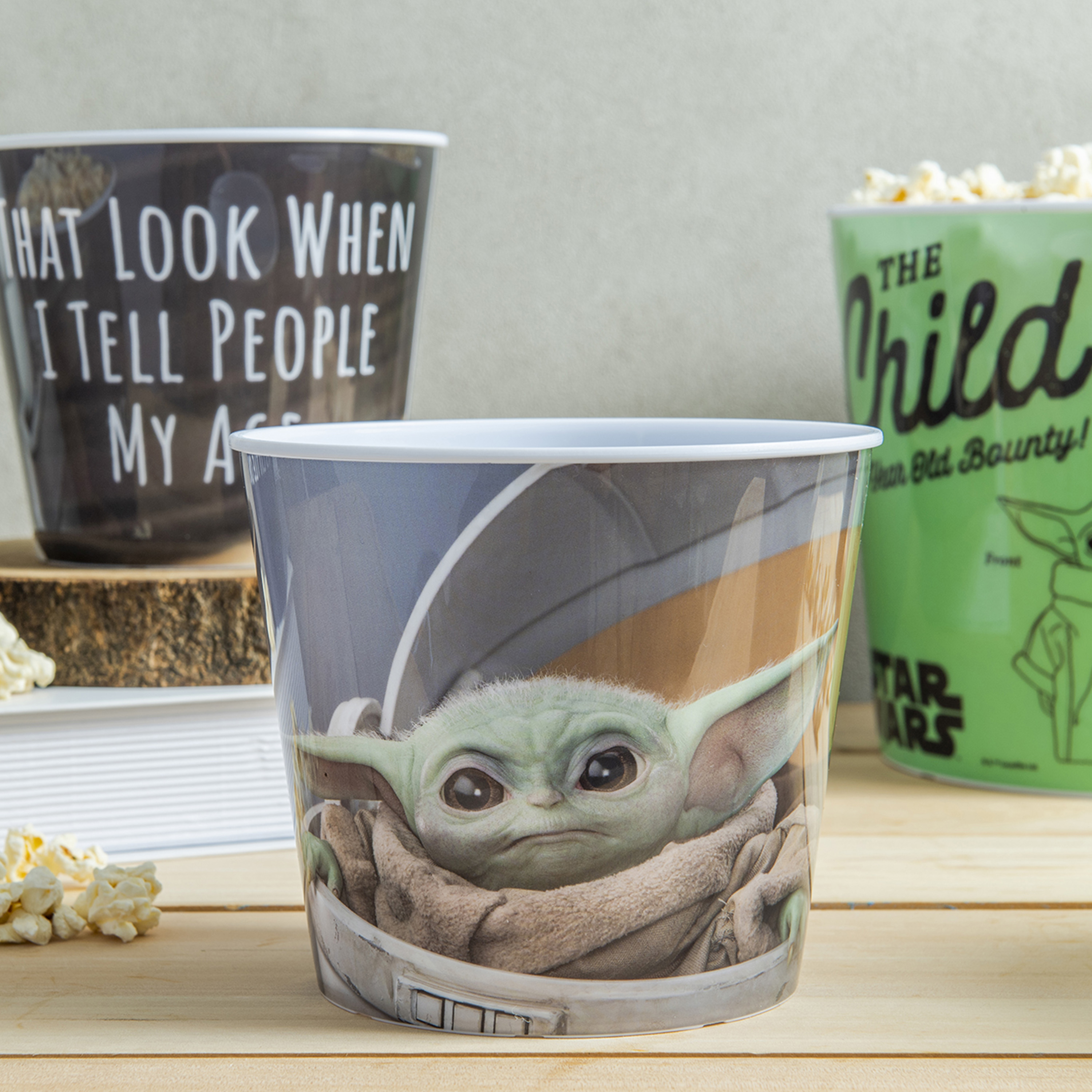 Star Wars: The Mandalorian Plastic Popcorn Container and Bowls, The Child (Baby Yoda), 5-piece set slideshow image 5